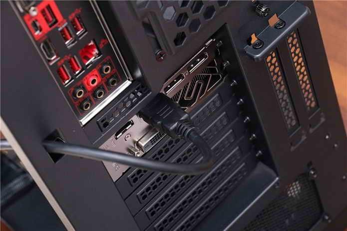 Antec_P110_Luce_HDMI
