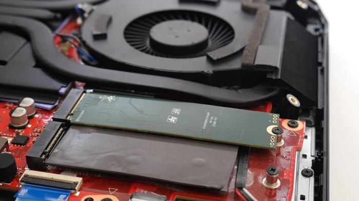 HP_Omen_X_17_SSD