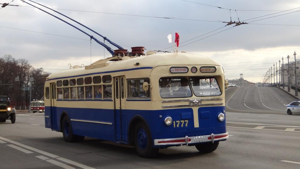 ретро троллейбус