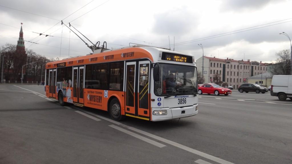 современный троллейбус