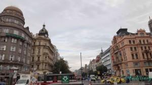 Прага, Вацлавская площадь. Старый банк, дворец Альфа и дворец Assicurazioni Generali