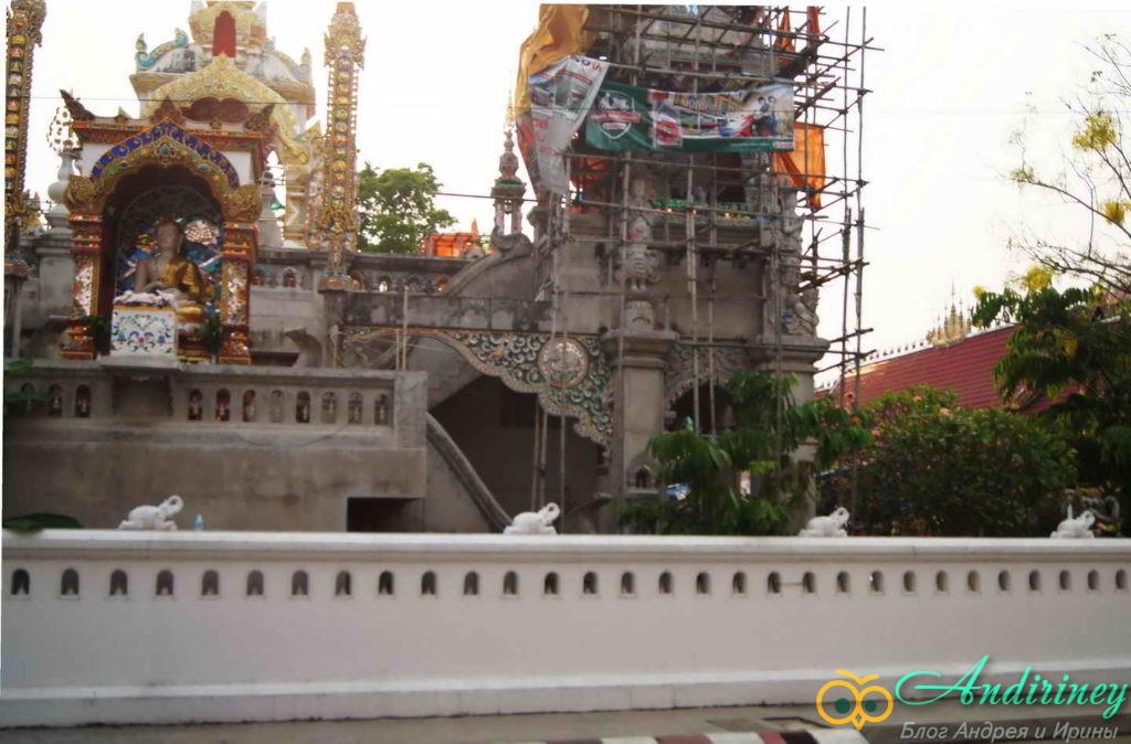 Чианграй. Wat Ming Muang