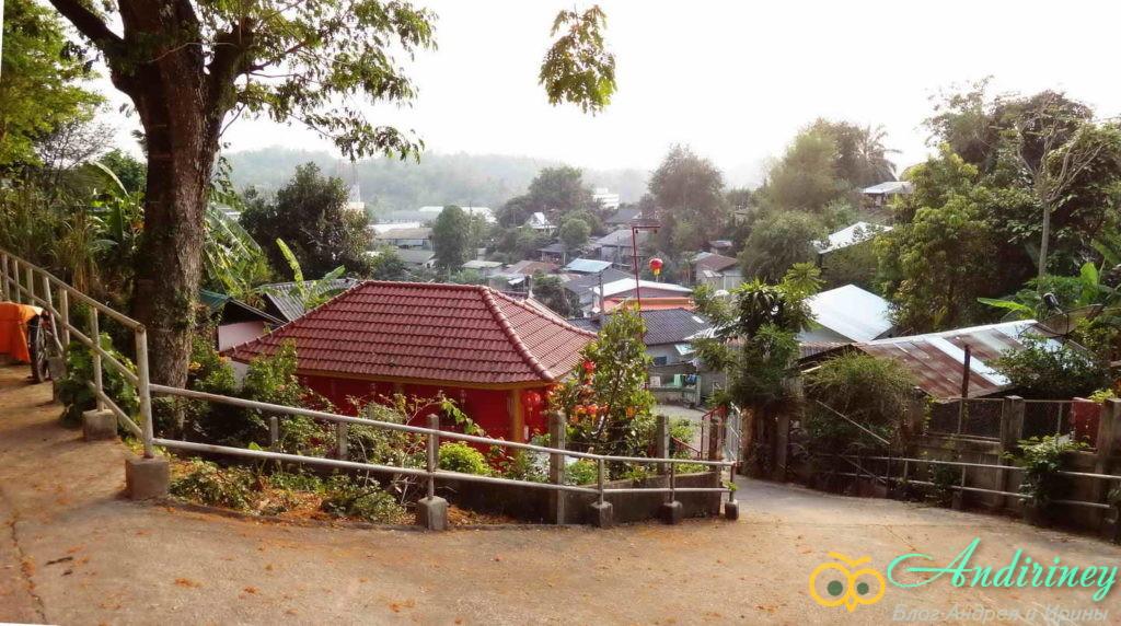 Чианграй. Вид от Wat Ngam Muang