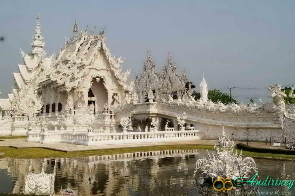 Ват Ронг Кхун (Wat Rong Khun) -Мраморный Храм