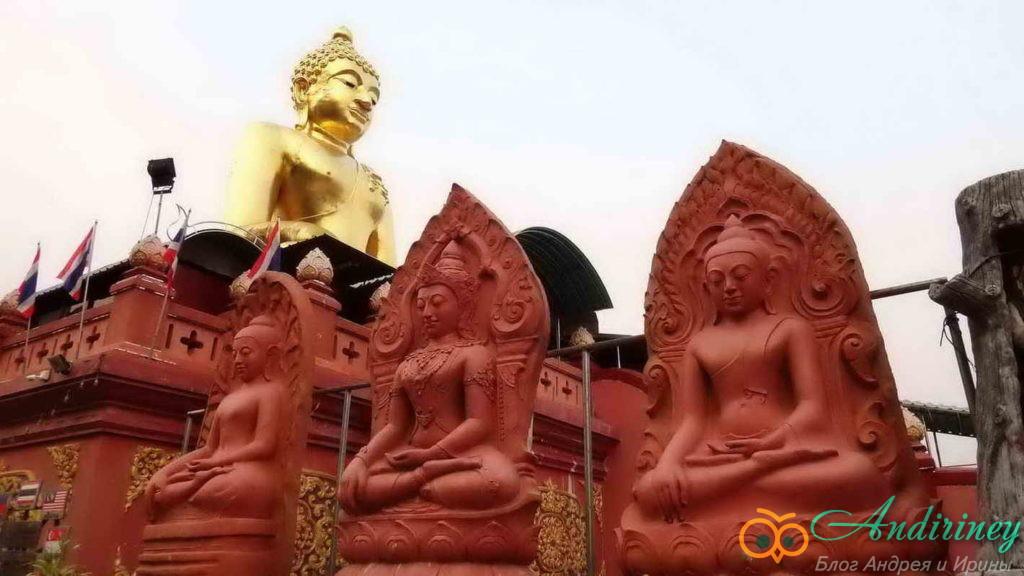 Chiang Saen, памятник трём королям