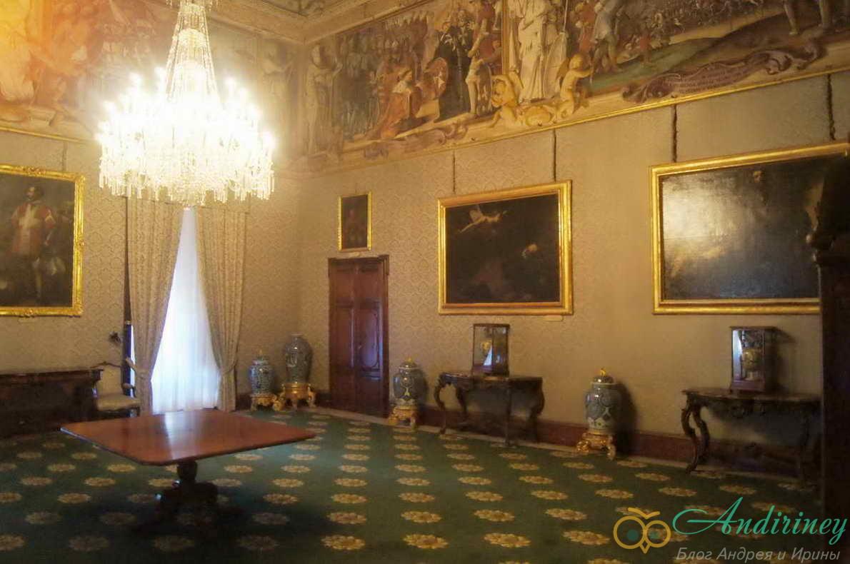 Дворец Великого магистра. Комната пажей