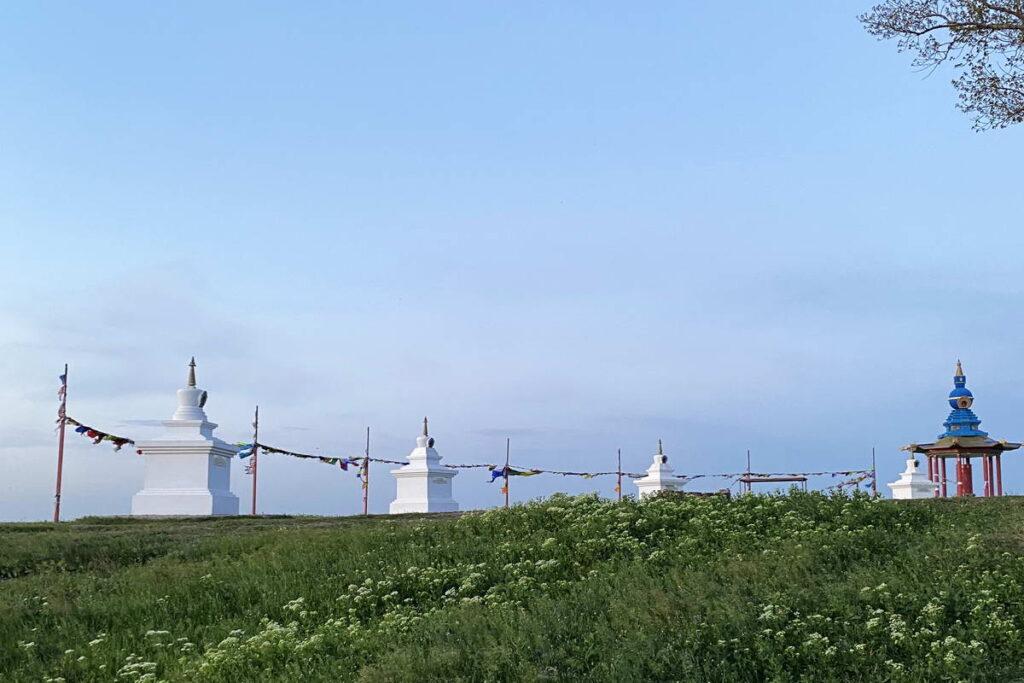 Ступы у Одинокого тополя, Калмыкия