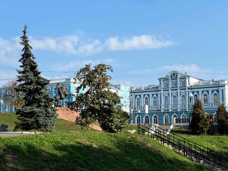 Рязань. Угол Почтовой ул. и ул. Ленина