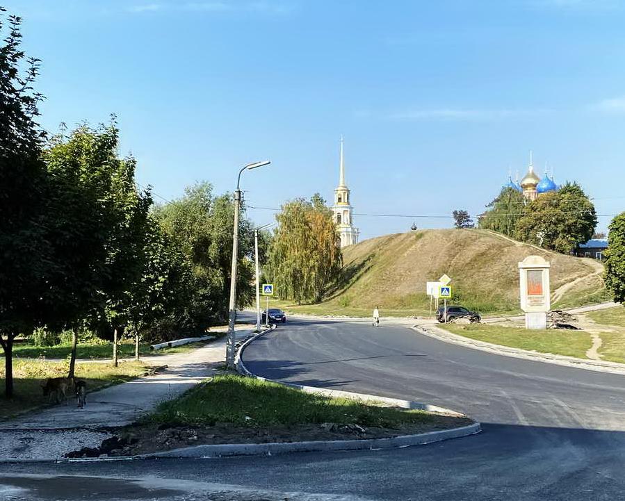Спасо-Преображенский мужской монастырь и колокольня Рязанского кремля