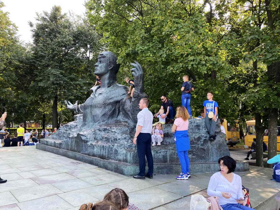 Памятник Сергею Есенину, Рязань